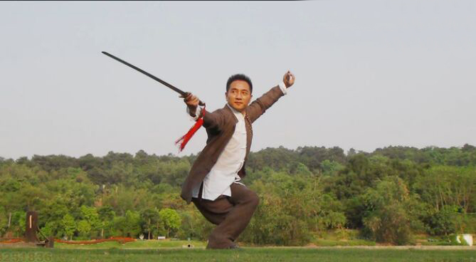 舞剑 - znx123000 - 心语小院
