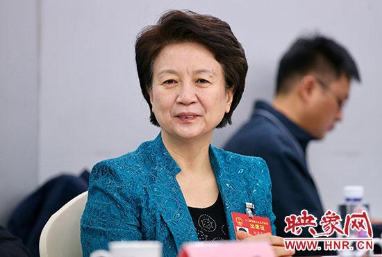 全国大人代表、河南省委常委、宣传部部长赵素萍